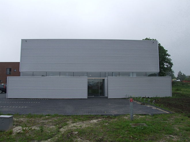 picture of building with window film